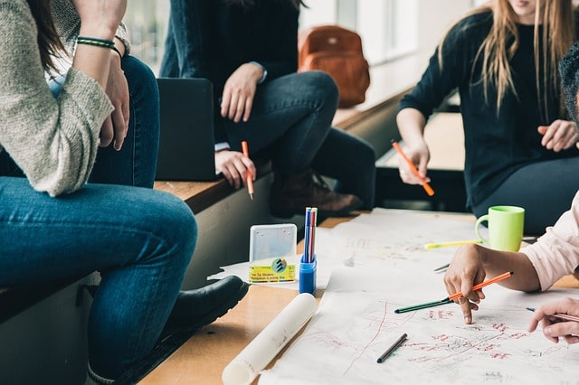 ATANASOV : le statut étudiant entrepreneur européen